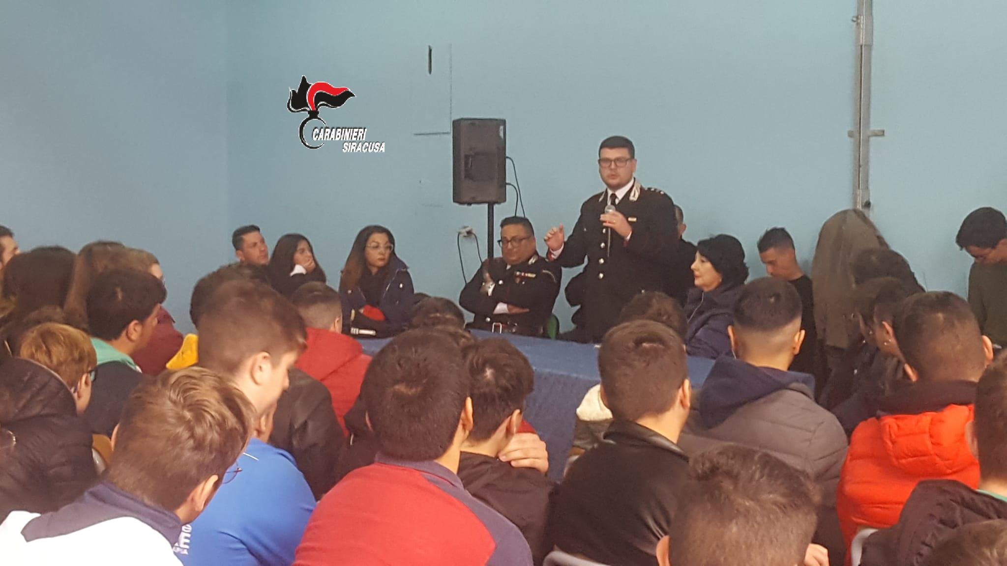 Legalità, gli studenti dell'Archimede di Rosolini incontrano i carabinieri