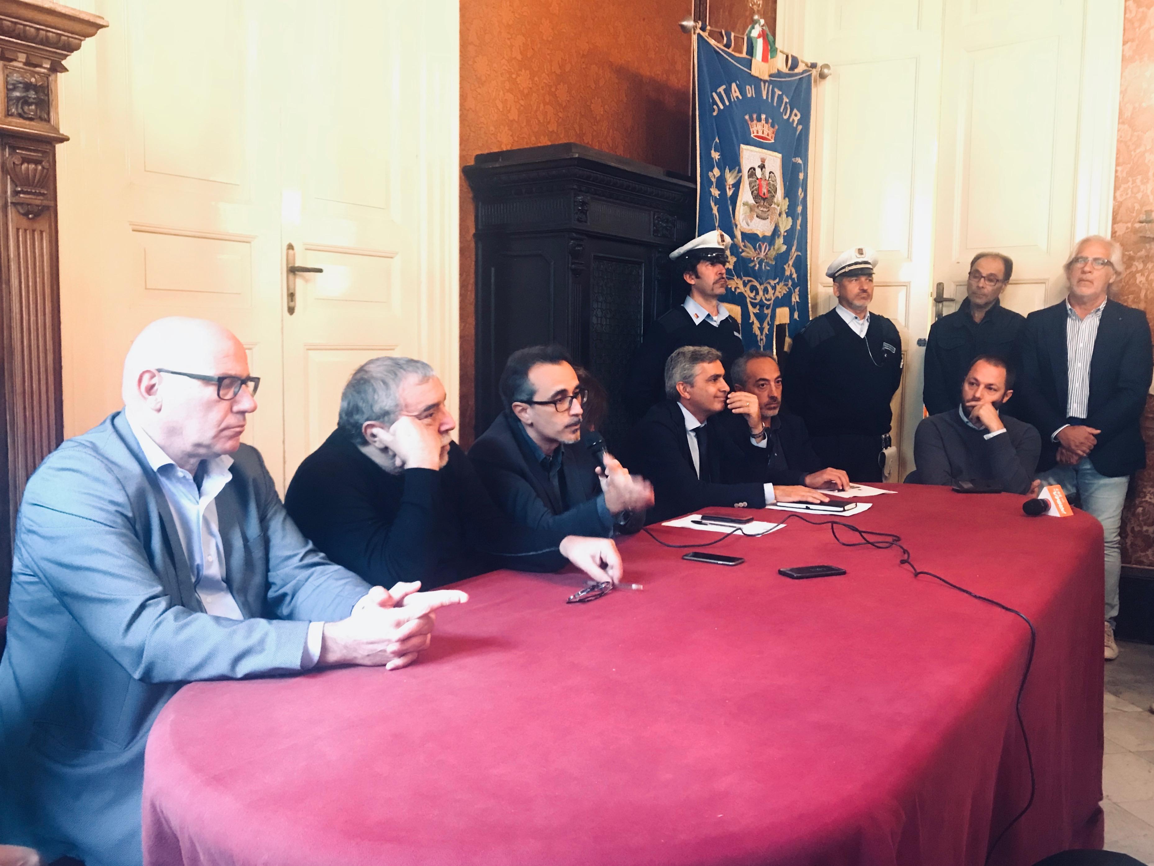 """Ludopatia, presentato il corto """"Magic Show"""" con Nino Frassica"""