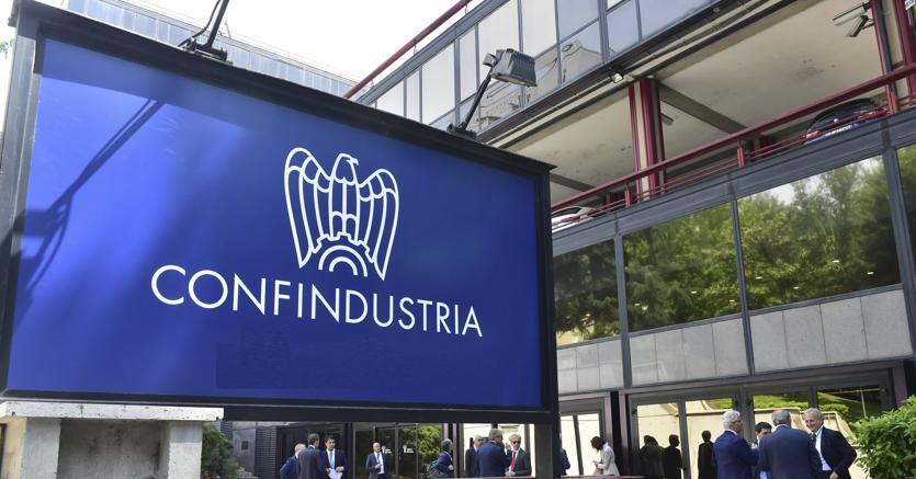 """Sicilia: pressing di Confindustria, """"si passi dalle parole ai fatti"""""""