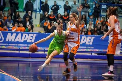 Basket donne, la Passalacqua Ragusa riprende quota: vittoria a Napoli quinto posto
