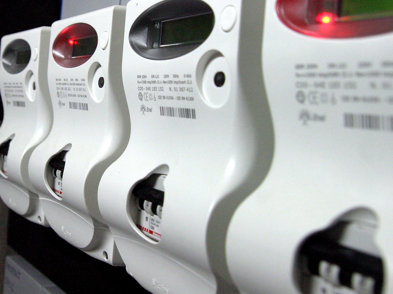 Ruba energia elettrica per 81 mila euro, un arresto nel Napoletano