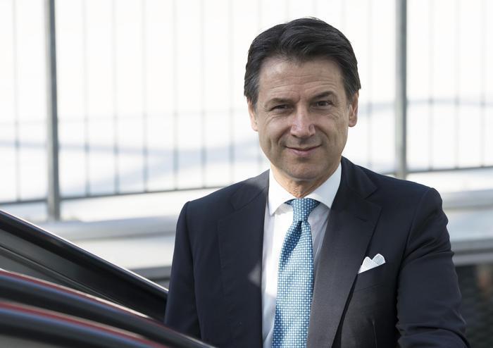 """Il premier Conte: """"Spending review per non aumentare l'Iva"""""""