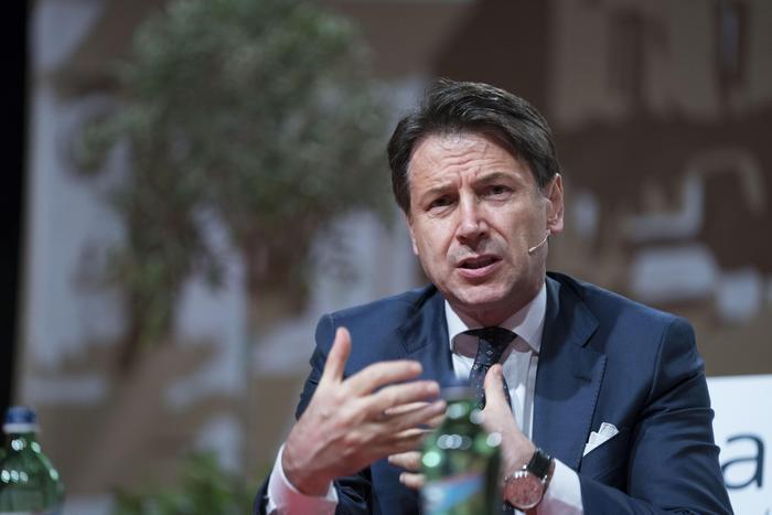 Il governo giallo-rosso in gran confusione sulla manovra economica: rebus tra ritocchi Iva o sconti fiscali