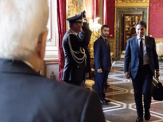 Governo, Conte sale al Colle: per Mattarella fare presto e bene