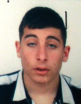 Catania, giovane presunto pusher in manette