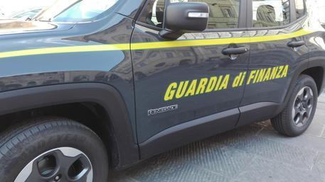 Contraffazione, sequestrati 820 mila prodotti falsi nel Napoletano