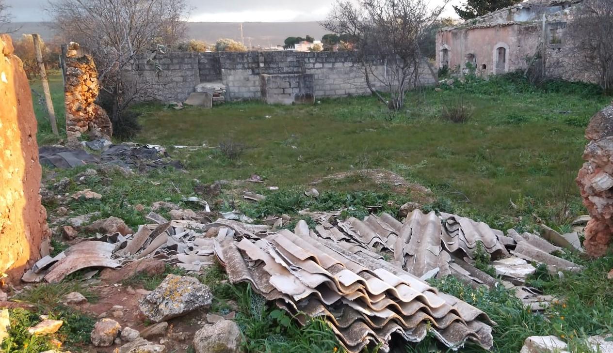 Vittoria, giro di vite contro abbandono rifiuti e abusivismo edilizio
