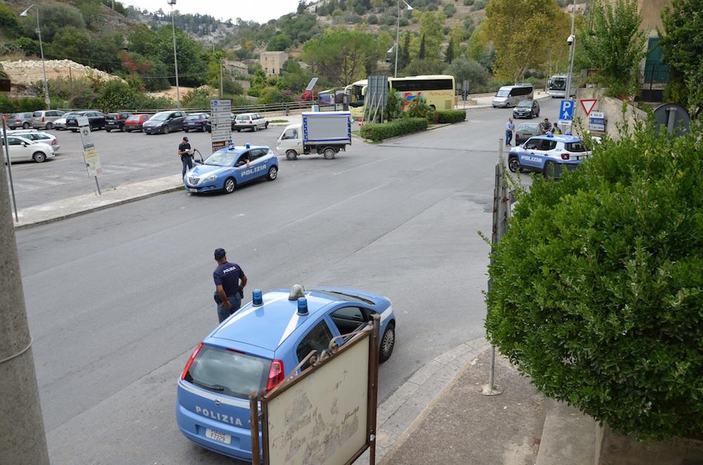 Modica, strade al setaccio: la polizia contro i furti e lo spaccio