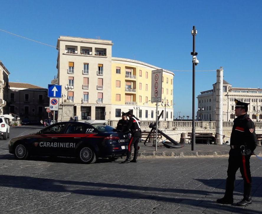 Scoppia una rissa nel cuore di Ortigia, intervengno i carabinieri