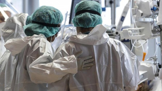 Covid in Sicilia, 684 nuovi casi e 24 decessi: a Catania 206 positivi