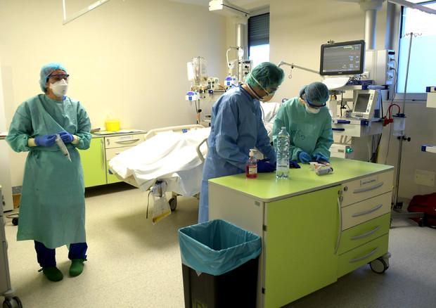 Coronavirus in Italia, aumentano i contagi ma non i morti: le misure preventive del 3 aprile saranno allungate