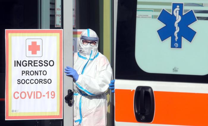 Coronavirus, 17.246 positivi e 522 morti: indice al 10,7%