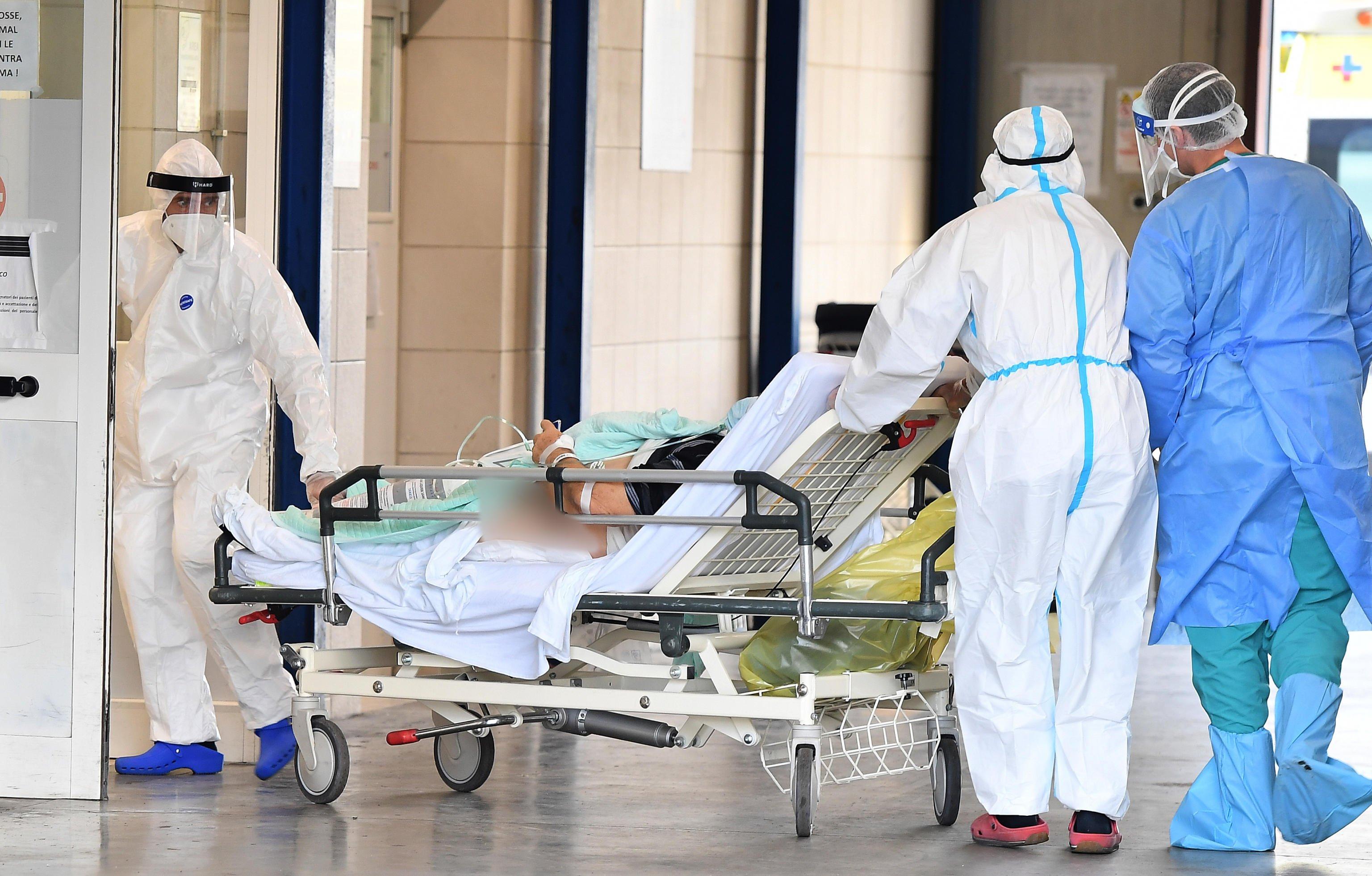 Covid in Sicilia, 566 nuovi casi e 14 morti: più della metà a Palermo