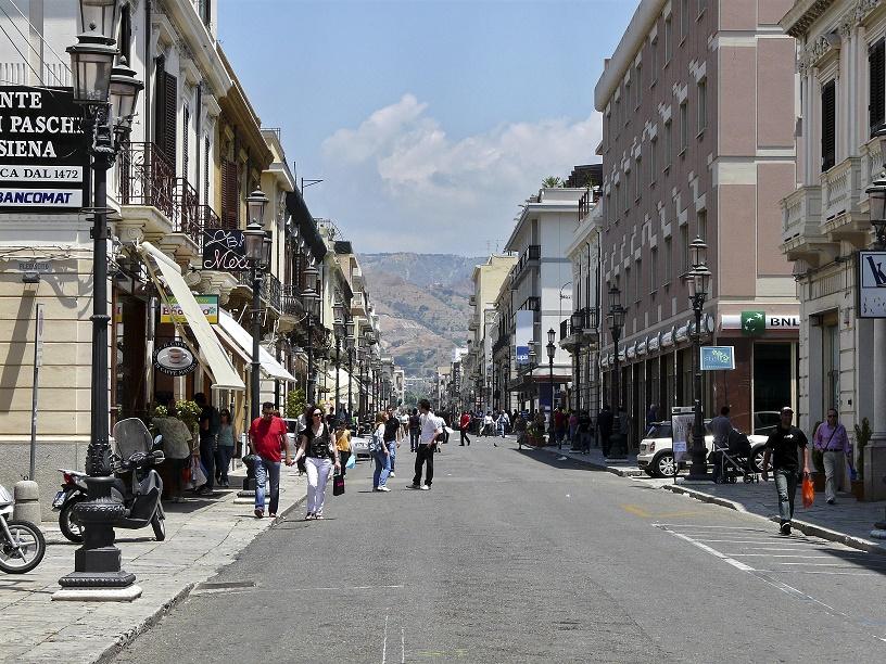 Estorsioni sui lavori di corso Garibaldi e Duomo: 5 arresti a Reggio Calabria
