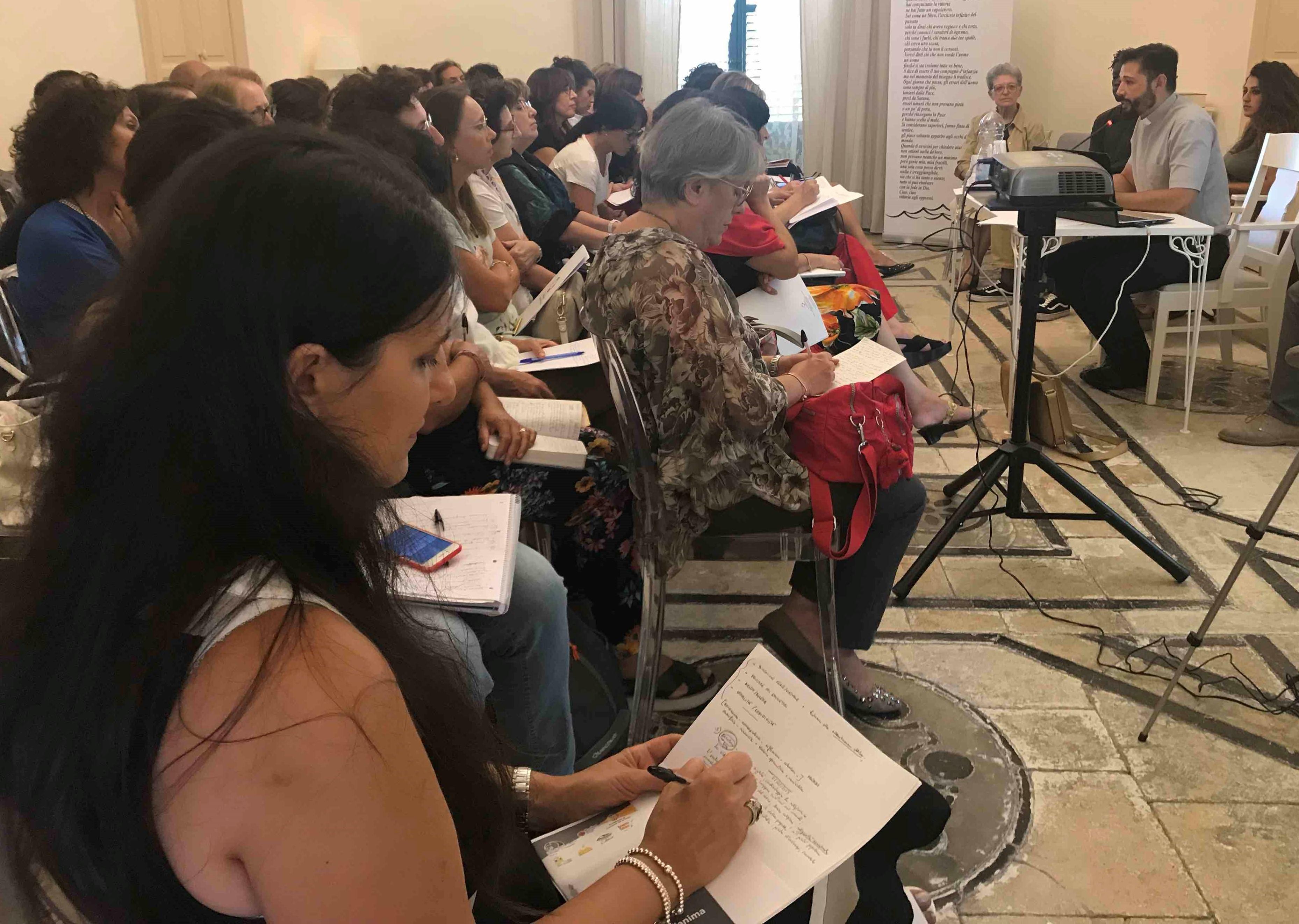 Modica, la città e i giovani: secondo incontro del corso per docenti e operatori sociali