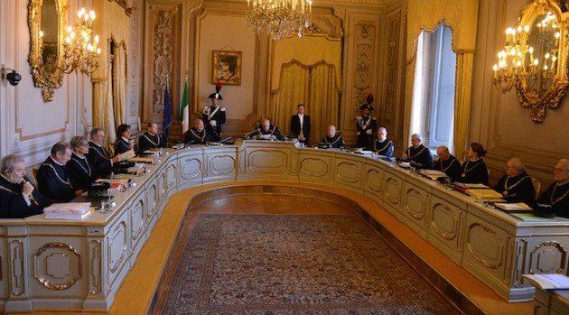 La Consulta apre i permessi per gli ergastolani in carcere per mafia