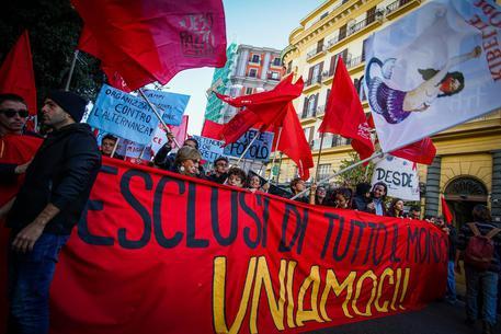 A Roma il corteo pro-migranti: è sos infiltrati