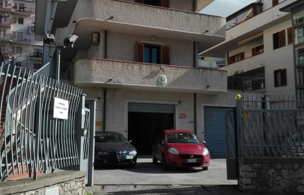 Fittizia attribuzione di aziende, 14 arresti della Finanza a Cosenza