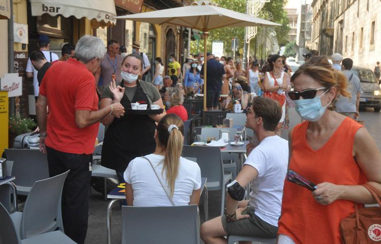 Covid, l'Italia resta tutta bianca: la Sicilia evita la 'zona gialla'
