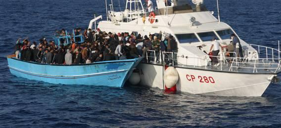 La Guardia costiera italiana salva 180 migranti in acque Sar maltesi