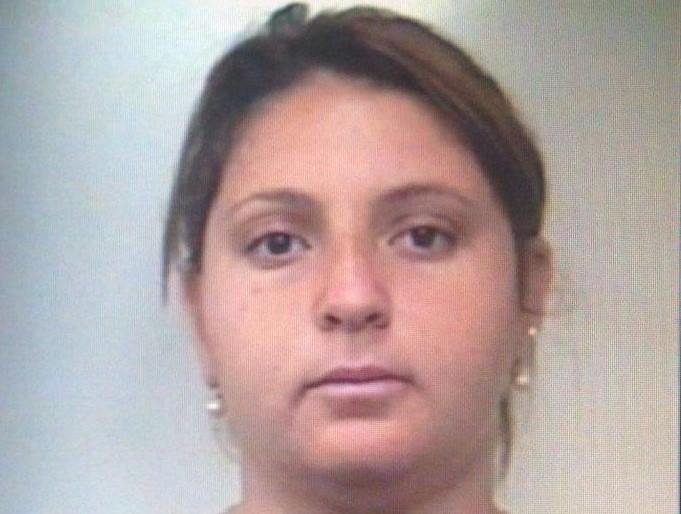 Finse di essere un medico per rubare in casa di un'anziana di Pachino: arrestata a Belvedere