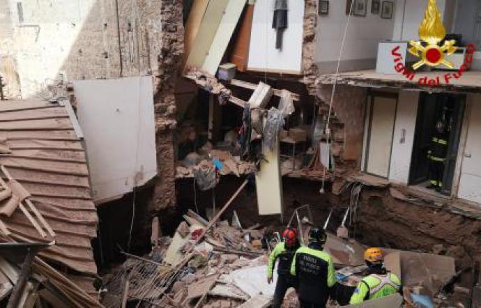 Crollo a Catania, in 12 chiedono alla Procura di avocare l'inchiesta