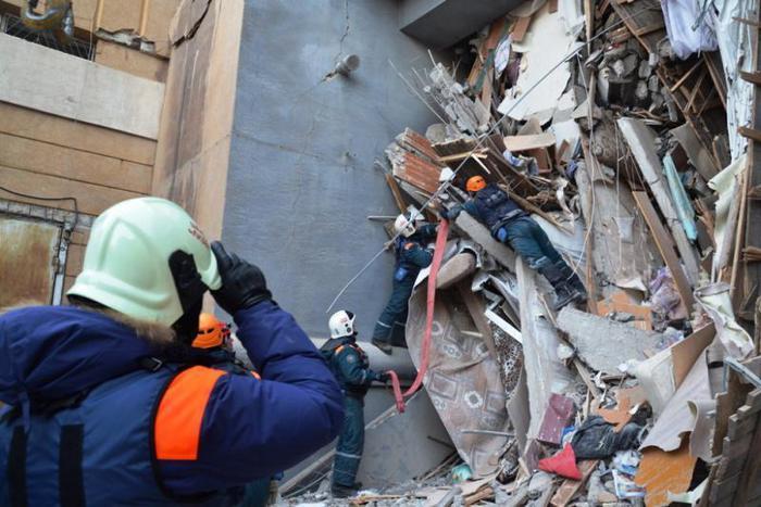 Video dell'esplosione della casa residenziale a Magnitogorsk