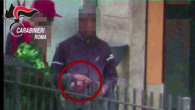 Giro di vite a San Basilio, 8 arresti a Roma