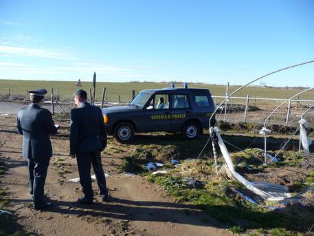 Finanziamenti illeciti in agricoltura: 45 indagati in provincia di Crotone