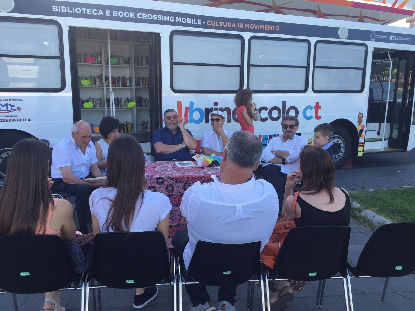 Autobooks diventa l'attrazione del lungomare liberato a Catania