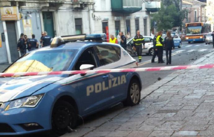 Sparatoria nella notte a Catania, trentacinquenne ferito in via Curia