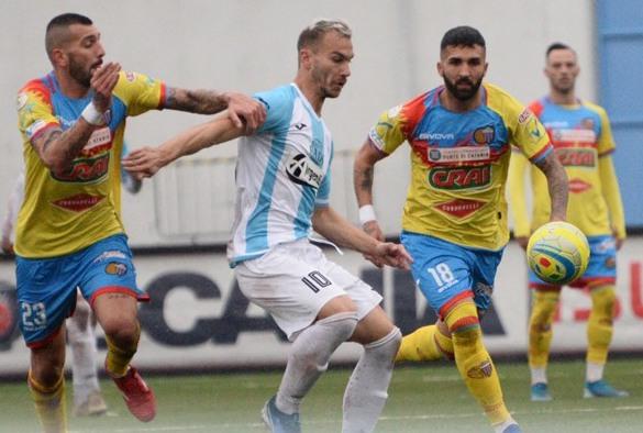 Il Catania un po' rinunciatario non rischia: pari in trasferta a Francavilla ( 0 - 0 )