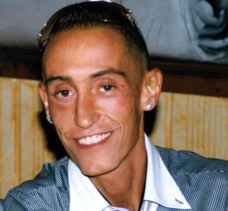 Caso Cucchi, sospesi i  tre carabinieri accusati dell'omicidio