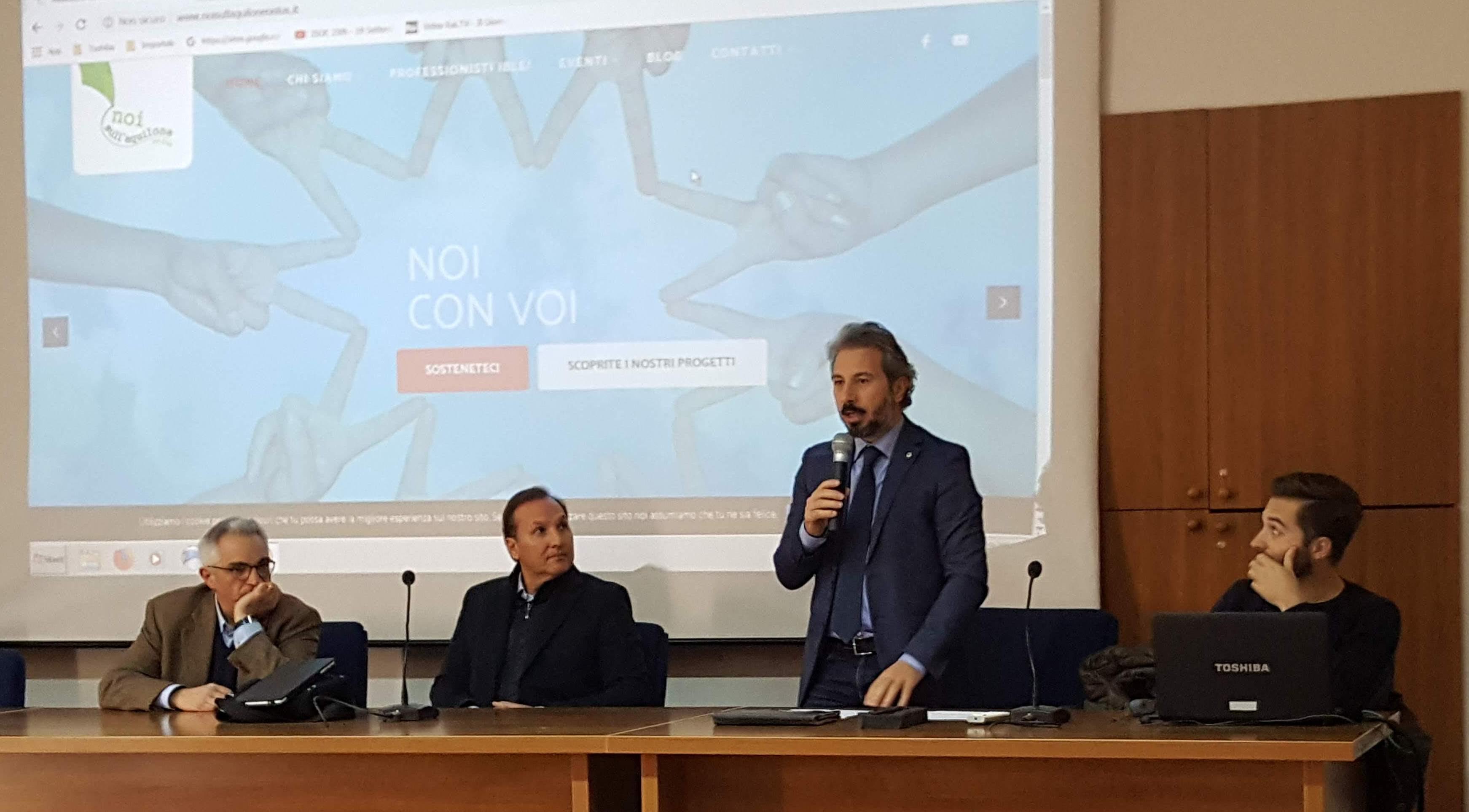 Modica, iniziativa del Lions contro cyberbullismo e pericoli del web