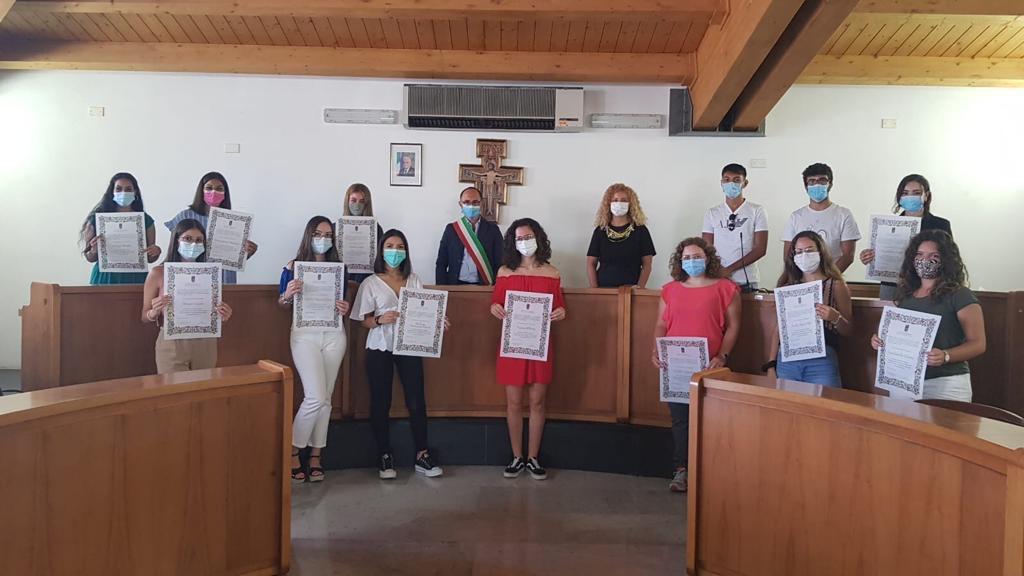 Scuola, l'amministrazione di Rosolini premia 24 'centisti' alla Maturità