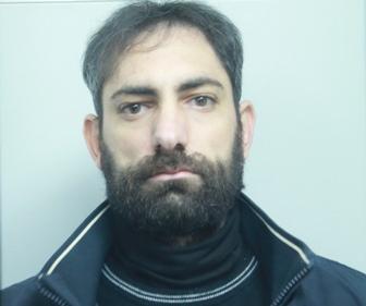 Catania, spaccia cocaina mentre è ai domiciliari: arrestato
