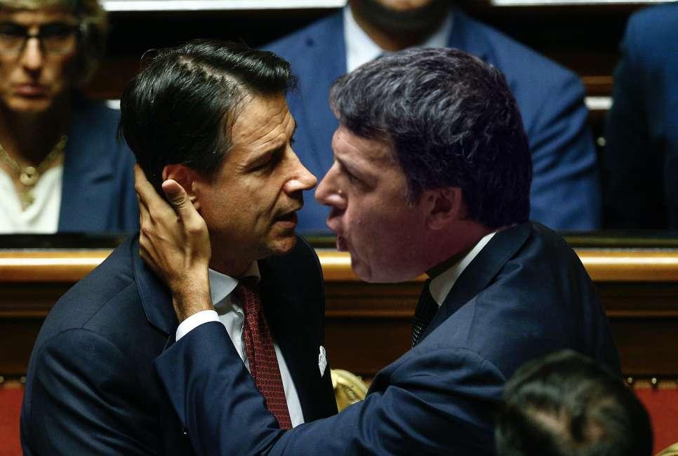"""Scontro Conte - Renzi sul cuneo fiscale, il premier: """"Basta con i fenomeni"""""""
