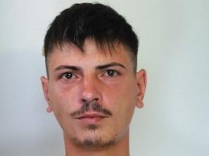Gli trovano in garage 5 chili di marijuana, arrestato a Catania
