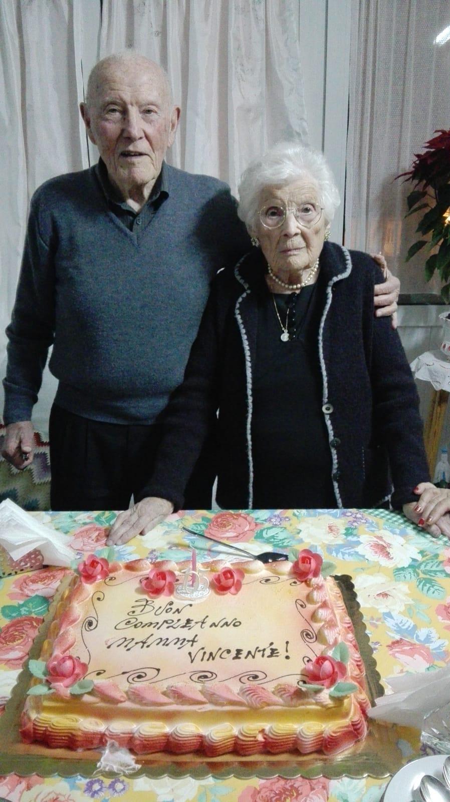 Floridia, compleanno da record per nonna Giuseppa: festeggia 105 anni