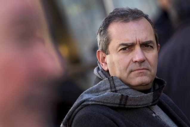 Il sindaco di Napoli De Magistris si candida a presidente della Regione Calabria