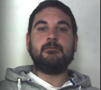 Siracusa, litiga con la famiglia ed evade dai domiciliari: arrestato