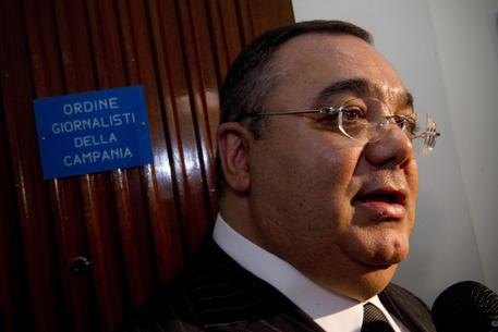 Roma, riciclaggio ed estorsioni: arrestato l'ex senatore De Gregorio