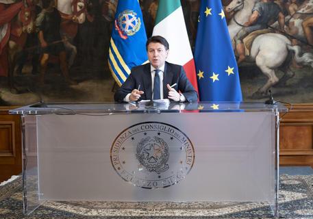 Al via il decreto 'cura Italia' vale 25 miliardi di euro