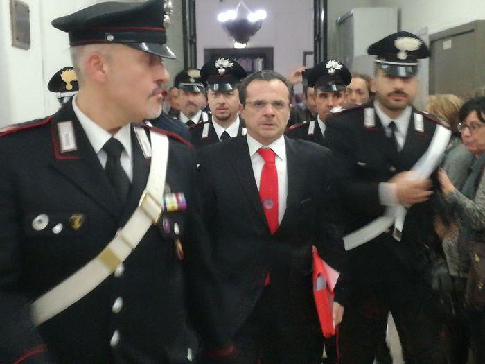 Messina, si aggrava la posizione di De Luca: ora pure divieto di comunicazione
