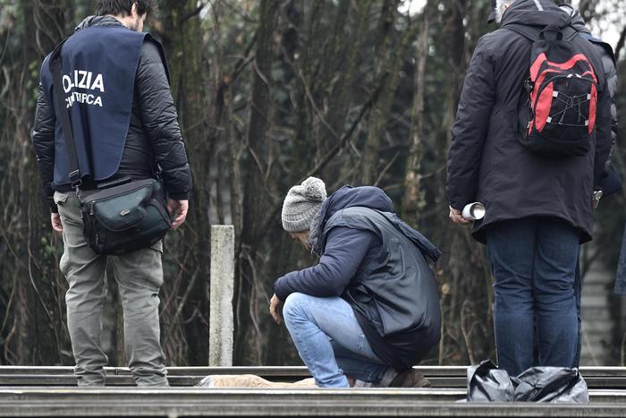 Treno deragliato a Milano, quattro persone indagate