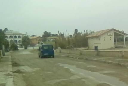 """Marzamemi, sulla strada della """"Spinazza"""" restano  sabbia e detriti"""