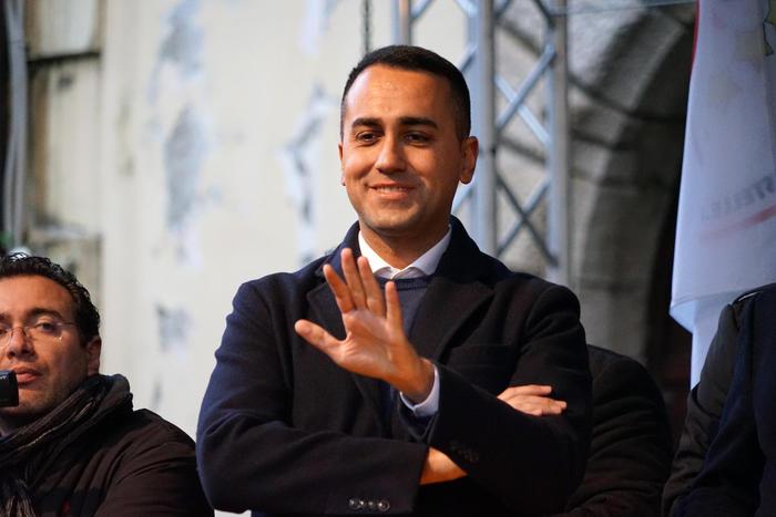 """Di Maio annuncia ai ministri: """" Mi dimetto da capo politico del M5s"""""""