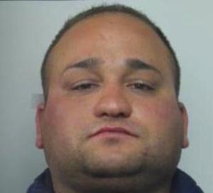 Rapinò una donna a Siracusa, lo portano in carcere