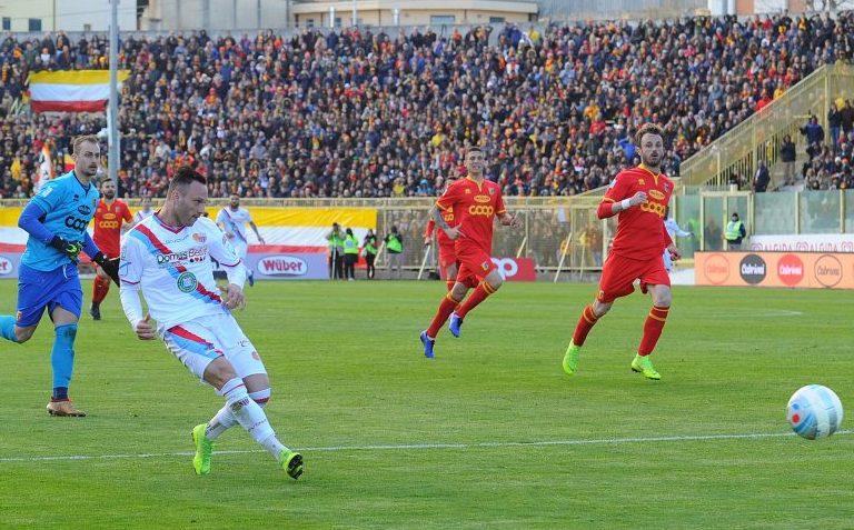 Il Trapani a - 2 dalla vetta, vincono in trasferta Catania e Sicula Leonzio