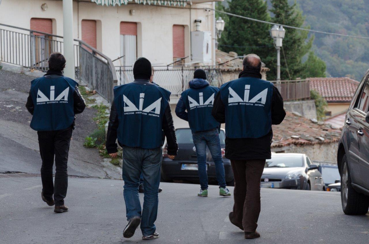 Criminalità: beni per 1,2 milioni di euro sequestrati nel Salento